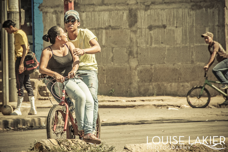 Bikes, Bike Riding, Commuting, Bike Commuting, Granada, Nicaragua, Catch a Ride, On the Bar, Cycling, City Cycling