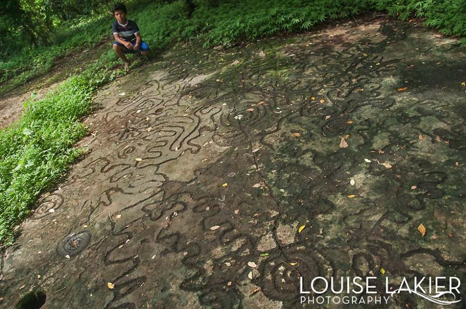 Petroglyphs on Isla El Muerto